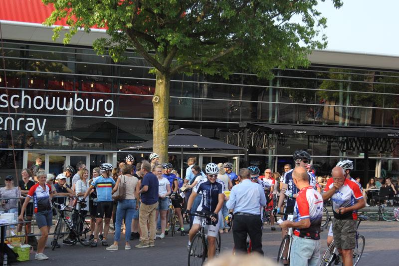 https://www.twcoostrum.nl/wp2/wp-content/uploads/2017/08/wielrennen-10-van-21.jpg